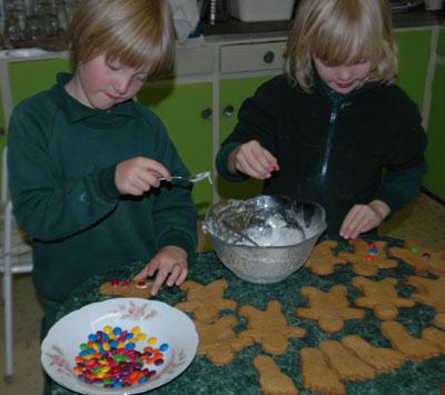 makinggingerbread1.jpg
